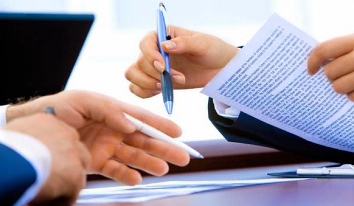 Hợp đồng lao động và hợp đồng dịch vụ khác nhau chỗ nào